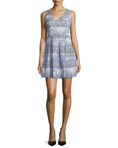 Sleeveless Wave-Print Dress, Size: 8, Blue Print - Trina Turk