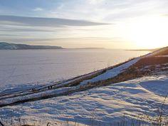 Вид на Волгу и Жигулевские горы от Комсомольского района г. Тольятти