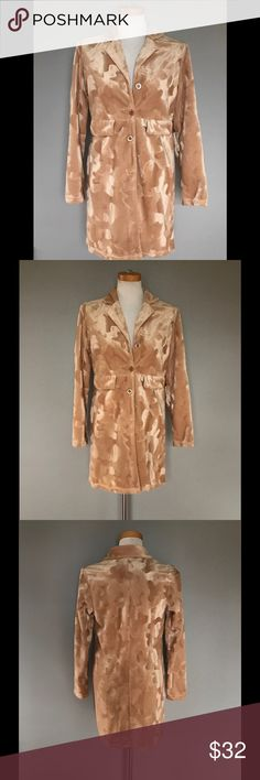 90s Vintage Textured Jacket Adorable 90s golden tan textured jacket with plush feel. Tagged as a small, wears more like a present day XS. 3 front buttons/2 faux pockets. In amazing condition - no stains, tears or snags. Glad to answer any questions. Reasonable offers always considered 👽✌️️ Vintage Jackets & Coats