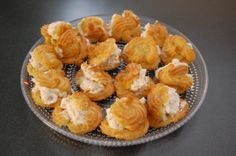 Profiteroles Profiteroles, I Have Done, Homemade Cakes, Muffin, Breakfast, Food, Morning Coffee, Essen, Muffins