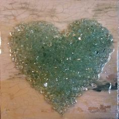 Painted canvas and crushed glass heart Art Shattered by Cindy Everett-Manly. Broken Glass Crafts, Broken Glass Art, Shattered Glass, Sea Glass Art, Stained Glass Art, Mosaic Glass, Glass Art Pictures, Glass Art Design, Crushed Glass