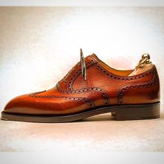 Heading over to Wingtip SF to see the Stefano Bemer Trunk Show today from 10-6pm. Bemer was a bespoke shoemaker from Florence who passed away in 2012 and the brand is now Made by Florentine artisans, including many talented craftsmen personally trained by Bemer, at Scuola del Cuiio who have specialized in handmade leather bags since 1950.