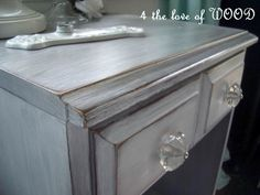 4 the love of wood: JUST PRIMER AND SOME WAX - how to white wash furniture