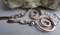 Copper Earrings/ Mixed Metal Earrings/ Copper Hammered by mese9 Wire Wrapped Earrings, Copper Earrings, Big Earrings, Copper Jewelry, Wire Jewelry, Copper Wire, Hammered Copper, Jewlery, Agate Verte