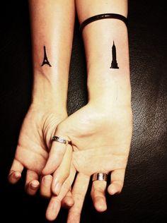 petit tatouage au poignet :Tour Eiffel et Empire State Building