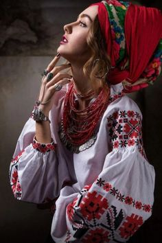How to meet Eastern European brides? Women from Ukraine and Russia are looking for good, honest and reliable men like you! Ethnic Fashion, Boho Fashion, Fashion Outfits, Womens Fashion, Fashion Design, Ukraine Women, Ukraine Girls, Bohemian Mode, Bohemian Style