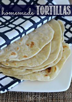 Click through on the pin to discover how to make homemade flour tortillas. Making your own flour tortillas at home is surprisingly easy and requires simple and inexpensive ingredients that you probably already have in your pantry! Save some money and have some fun by making your own tortillas.