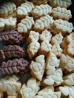 Citrónové a škoricové sušienky - recept Christmas Candy, Christmas Cookies, Food And Drink, Vegetables, Cooking, Cookie Recipes, Cuisine, Kitchen, Vegetable Recipes
