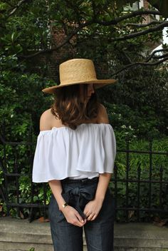 The perfect little top for day or night. Off the shoulder top, can also be worn as one shoulder, or strapless. Pairs perfectly with just about anything. Tuck in or wear loose with jeans. Covered elast