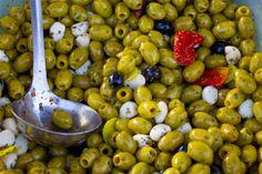 Olives and Garlic Cloves Olives, Garlic, Fruit, Food, Essen, Meals, Yemek, Eten