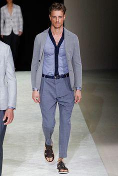 Giorgio Armani Spring 2015 Menswear Fashion Show