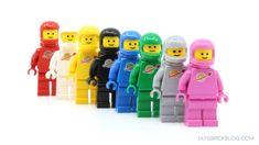 Lego Film, Lego Movie 2, Lego Space Sets, Lego Sets, Lego Spaceman, Power Rangers Fan Art, Lego Minifigs, Fire Emblem Awakening, Lego Worlds
