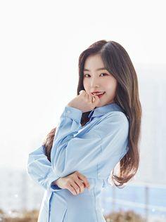 Imagem de irene, red velvet, and kpop Seulgi, Red Velvet アイリーン, Red Velvet Irene, Kpop Girl Groups, Kpop Girls, Korean Girl, Asian Girl, Asian Woman, Red Velvet Photoshoot