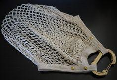 Net DIY bag--great for a beach tote you cali sun goddesses. via Honestly WTF.