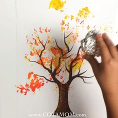 Foil painted fall leaf tree - Fall Crafts For Kids Fall Arts And Crafts, Fall Crafts For Kids, Toddler Crafts, Kids Crafts, Art For Kids, Leaf Crafts, Toddler Thanksgiving Crafts, Fall Art For Toddlers, Tree Drawing For Kids