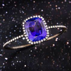 Tanzanite and White Diamond Bangle Bracelet Silvia Furmanovich