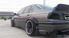 jdm-fender-flares-wheel-arch-style-ii-bmw-m3-e36-sedan-rocket-bunny-metal_331910051728.jpg (400×225)