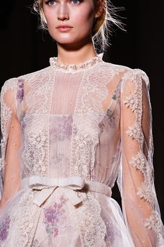 mulberry-cookies:  Toni Garrn @ Valentino Spring 2012 Haute Couture (details)