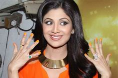 Celebrity B'Day Celebrations - #HappyBirthday to the Dusky Indian Stunner - #ShilpaShetty on.fb.me/1sjtW8m #oomphelicious #fashionblogger #HBD #Celebs #celebritybirthday #birthday #celebrity #fashionista #Bollywood