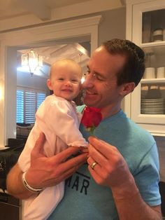 This is why i love Drew Brees!!! so cute