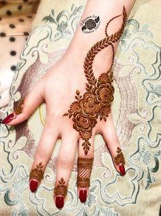 Stunning Yet Simple Mehndi Designs For Beginners Finger Henna Designs, Mehndi Designs 2018, Mehndi Designs For Girls, Mehndi Designs For Beginners, Modern Mehndi Designs, Mehndi Design Photos, Wedding Mehndi Designs, Mehndi Designs For Fingers, Beautiful Henna Designs