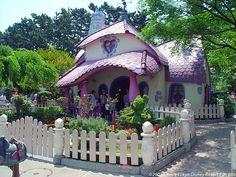 Disney World Minnie's House | Minnie's House
