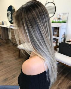 10 Balayage Ombre long hairstyles from subtle to breathtaking .- 10 Balayage-Ombre lange Frisuren von subtil bis atemberaubend Stylish balayage ombre long hairstyle for women, long hairstyle designs - Grey Balayage, Balayage Hair Blonde, Balayage Hairstyle, Brown Ombre Hair, Ombre Hair Color, Ombre Style, Ombre On Long Hair, Bayalage On Straight Hair, Dark Ombre