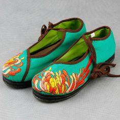 Floral Embroidery Cloth Shoes-zeniche.com SKU fb0056