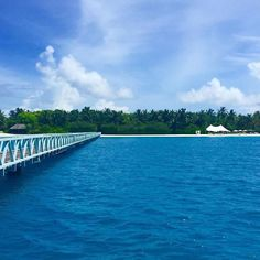 #Escape your usual #Monday #routine with a #walk over to the #QuietZone. #StayInspired #ConradMaldives #Travel #Ba https://t.co/UUDfPzoDWB (via Twitter http://twitter.com/maldivesinpics/status/737224507379863552) - http://ift.tt/1HQJd81