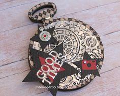 Robe di Robi: Mini album con Pocket Watch Frame by Tim Holtz