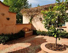 Un Patio Adelante   Ricardo Pereyra Iraola Tuscan Style Homes, Blue Shutters, Mediterranean Home Decor, Southwest Style, Spanish Colonial, Moorish, Next At Home, Dream Vacations, My Dream Home