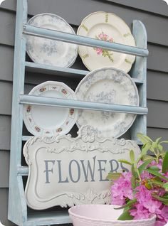 Something like this would be perfect for Elizabeth Ann's vintage plate collection.