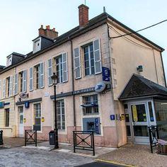 Bureau de poste. #poste #bureaudeposte #briare #Loiret