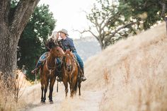 Horse Ranch Engagement Photos in California | Lyndsey Garber Photography | Reverie Gallery Wedding Blog