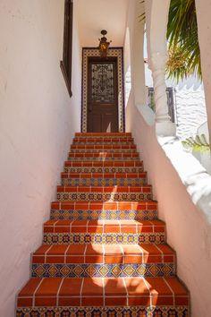 Spanish - 377-379 Collingwood Street « Gloria Smith & Jon Taylor, San Francisco Real Estate