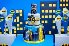 batman_cake_skyline : Anders Ruff Custom Designs :