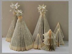 Schön, dass Du da bist. Heute geht es in meiner DIY Anleitung um das Falten eines Weihnachtsbaumes aus einem alten Buch. Die Weihnachtszeit naht und dies ist eine schöne Möglichkeit alte, zerliebte Bücher für die Adventsdekoration ein neues Leben einzuhauchen.Du … weiterlesen