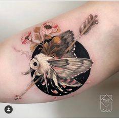 My pretty moth - TattooArt Bug Tattoo, Insect Tattoo, Tattoo On, Piercing Tattoo, Tattoo Drawings, Mini Tattoos, Body Art Tattoos, New Tattoos, Tatuaje Cover Up