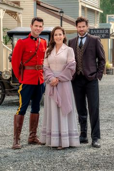 Elizabeth Thatcher (Erin Krakow) appears to be moving on after her husband Jack (Daniel Lissing) died in season The season 6 finale revealed a new love triangle between Elizabeth, Nathan (Kevin McGarry), and Lucas (Chris McNally). Elizabeth Thatcher, Jack And Elizabeth, Erin Elizabeth, Pascale Hutton, Love Comes Softly, Jack Wagner, Family Christmas Movies, Daniel Lissing, Erin Krakow