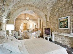 Casa Modica in Messina, Sicily - 16th c stone cottage