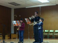 Miquel i José Carlos tocant a l'audició amb el professor Salva García (25-3-2013).