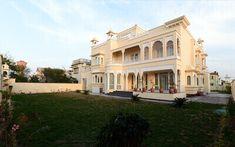 Lord Jagannath, Mud House, Indian House, Indian Architecture, Green Technology, Smart Kitchen, Green Landscape, Jodhpur, Black Leather Belt