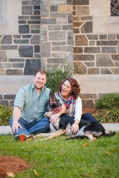 Bringing your furry family member to your engagement session may just be the cutest thing we've seen! | Charlotte wedding, Charlotte wedding vendors, engagement, engagement session, Fall, NC wedding vendors | Photographer @caseyhphotos