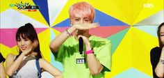 160527 #Jonghyun 'She Is' @ Music Bank #GIF