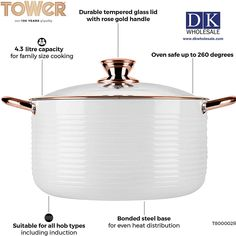 This versatile 24 cm, 5 L casserole dish lets you easily and quickly cook a variety of dishes for the whole family. A heat-resistant, 3 mm thick aluminum exterior ensures this dish is sturdy and durable, while its non-stick erasure ceramic inner coating reduces the need for oil, allowing you to create healthier versions of your favorite meals. Domestic Appliances, Fruit Juicer, Casserole Dishes, Kitchen Gadgets, Food Processor Recipes, Coffee Maker, Exterior, Cleaning, Meals