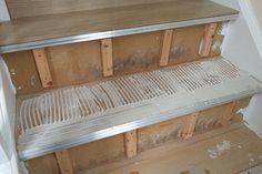 Укладка ламината для лестницы