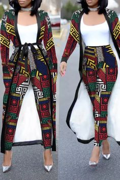 African Fashion Ankara, African Inspired Fashion, Latest African Fashion Dresses, African Dresses For Women, African Print Fashion, Africa Fashion, African Attire, Modern African Fashion, Ankara Styles For Women