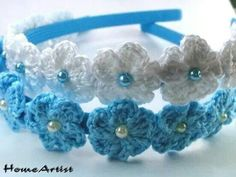 This Pin was discovered by Cry Crochet Hairband, Crochet Hair Clips, Crochet Bracelet, Crochet Earrings, Baby Girl Crochet, Cute Crochet, Crochet Crafts, Crochet Projects, Knit Crochet