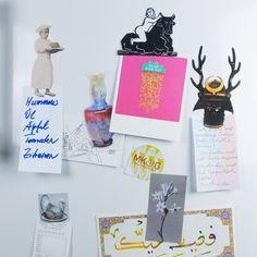 Kühlschrankmagnete – garantiert einzigartig mit Fotos aus der Sammlung des MKG. Das ganze DIY-Tutorial und Vorlagen auf MKG Studio, dem Kreativstudio des Museum für Kunst und Gewerbe Hamburg.
