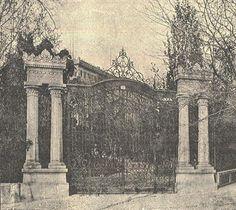 Puerta del Palacete de Larios en la Castellana